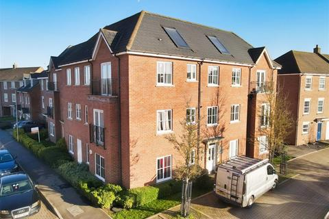 2 bedroom apartment for sale - Blacksmiths Way, Woburn Sands, Milton Keynes