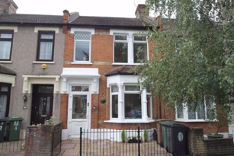 2 bedroom terraced house for sale - Royston Avenue, Chingford