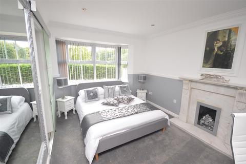 1 bedroom house share to rent - Rooms to Let, Marston Green