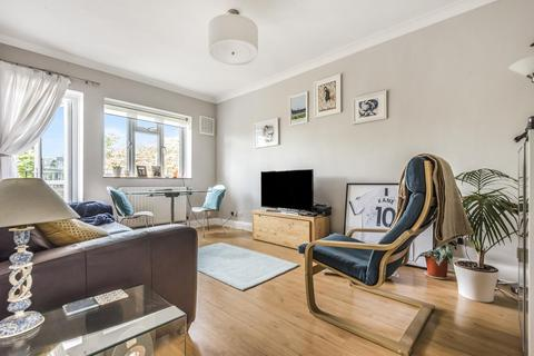 1 bedroom flat for sale - Caistor Road, Balham