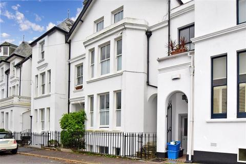 2 bedroom flat for sale - Walmer Castle Road, Walmer, Deal, Kent
