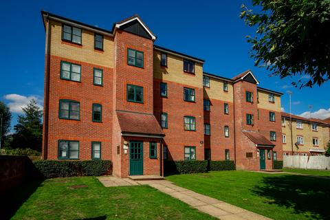 2 bedroom flat for sale - Dyer Court, EN3