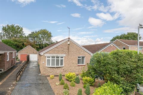 3 bedroom detached bungalow for sale - Tardrew Close, Molescroft, Beverley, HU17 7QH