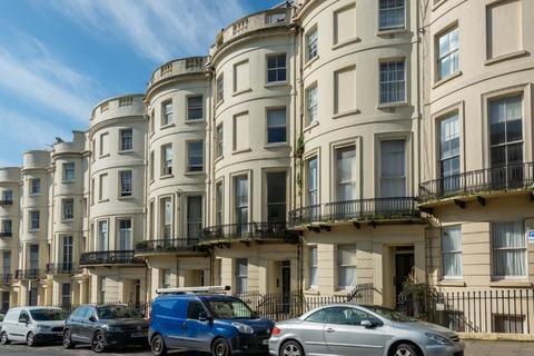 1 bedroom apartment for sale - Brunswick Place, Hove, East Sussex, BN3