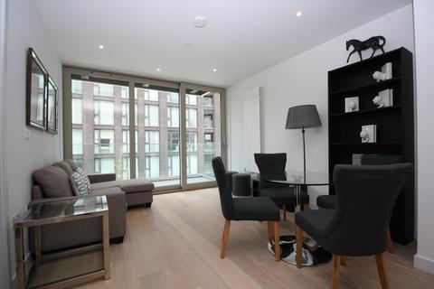 2 bedroom apartment for sale - Liner House, Royal Wharf, Royal Docks E16