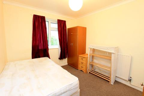 1 bedroom maisonette - Wolverstone Drive, Room 1, Brighton BN1