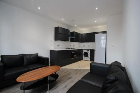 2 bedroom flat to rent - 4a Corporation Street, High Wycombe HP13
