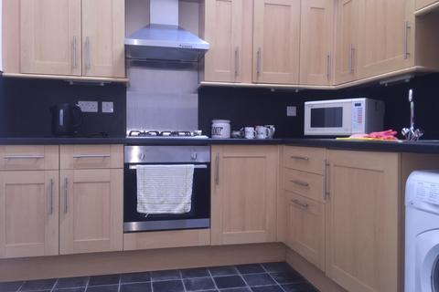 2 bedroom apartment to rent - Morris Street,  Morriston, Swansea