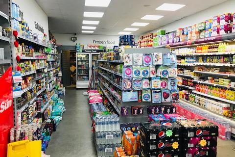 Shop to rent - Hoxton Street, Hoxton, N1