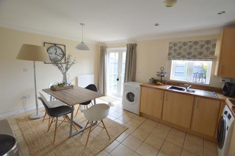 4 bedroom townhouse for sale - Beanacre Road, Melksham