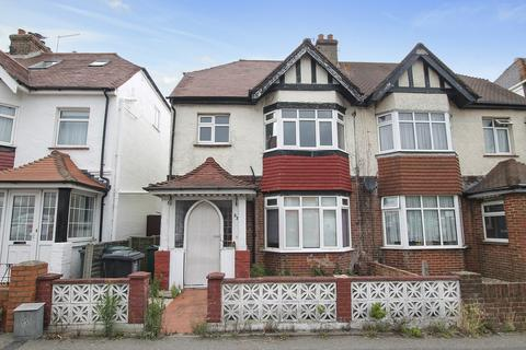 1 bedroom flat - Old Shoreham Road, Hove, East Sussex, BN3 7BE