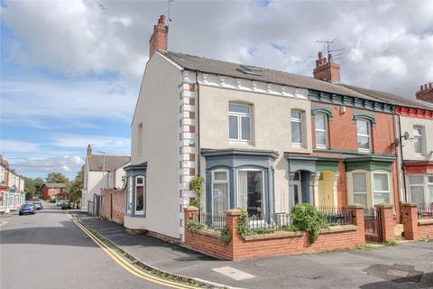 5 bedroom end of terrace house for sale - Varo Terrace, Stockton-on-Tees