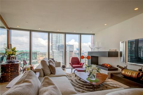 2 bedroom apartment for sale - The Tower, St George Wharf, London, SW8