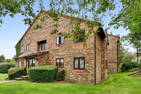 1 bedroom apartment for sale - Chiltern View Road, Uxbridge