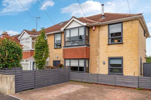 4 bedroom semi-detached house for sale - Stirtingale Avenue, Bath
