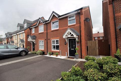 3 bedroom semi-detached house for sale - Eason Way, Ashton-Under-Lyne