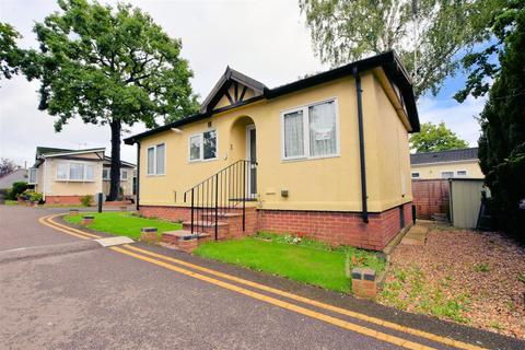 2 bedroom park home for sale - Main Avenue, Garston Park, Reading