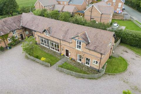4 bedroom barn conversion for sale - Chester Road, Nomans Heath, SY14