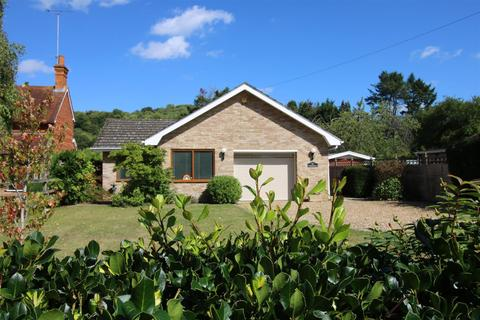 3 bedroom detached bungalow for sale - Eastfield Lane, Whitchurch On Thames, Reading