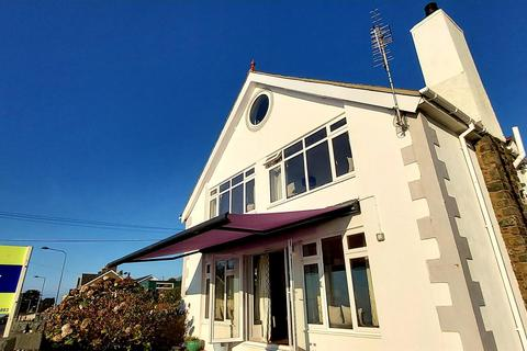 3 bedroom detached house for sale - Llanaber, Barmouth