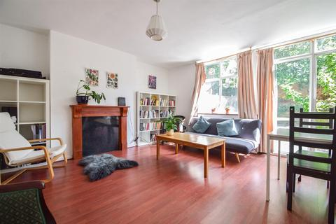 3 bedroom maisonette to rent - Highbury Quadrant, N5