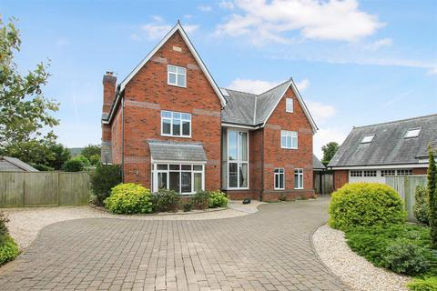 6 bedroom detached house for sale - Moorend Park Road, Leckhampton, Cheltenham