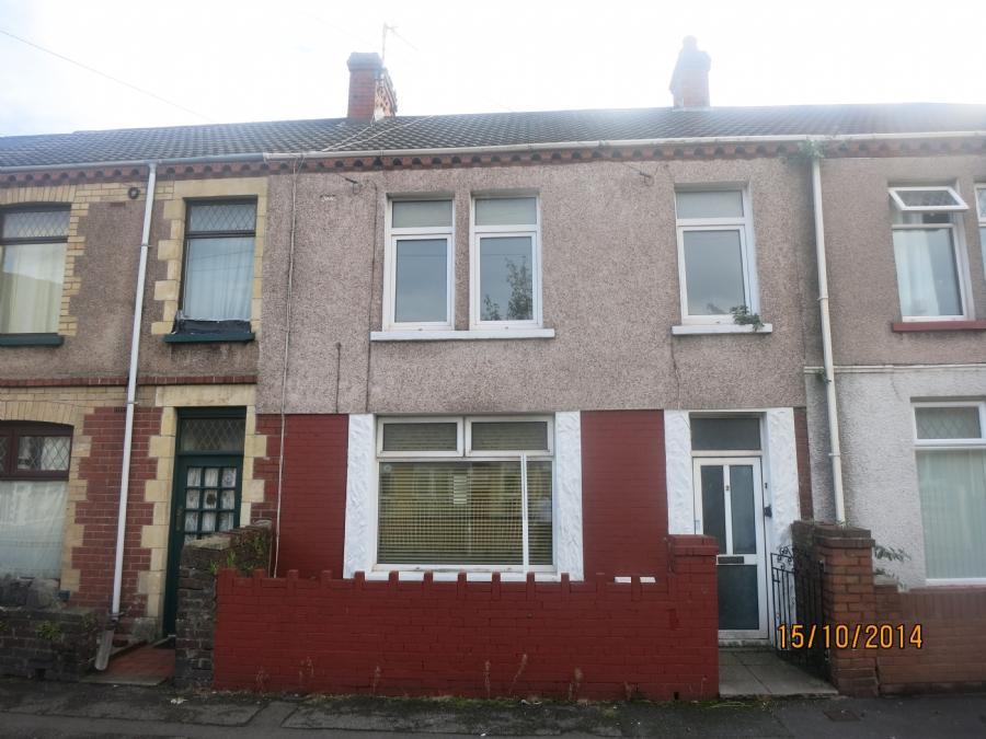 4 Bedrooms Terraced House for sale in 2 Margaret Street, Velindre, Port Talbot