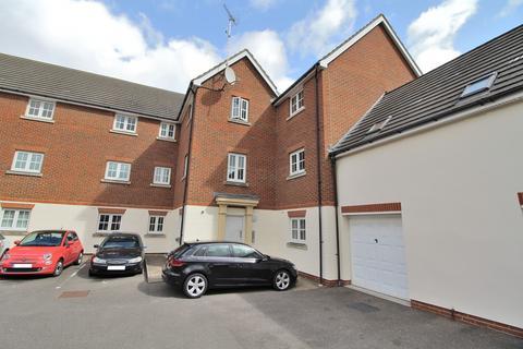 1 bedroom ground floor flat - Baden Powell Close, Great Baddow, Chelmsford, Essex, CM2