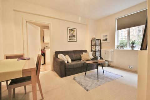 1 bedroom flat to rent - Latymer Court, Hammesrsmith Road, Hammersmith, W6
