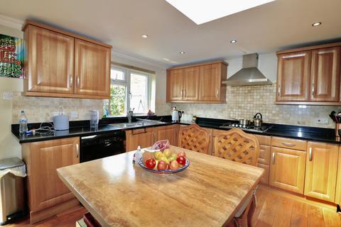 5 bedroom terraced house to rent - Gressenhall Road, Southfields, Putney, London SW18
