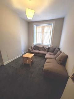 2 bedroom flat to rent - Crow Road, Glasgow