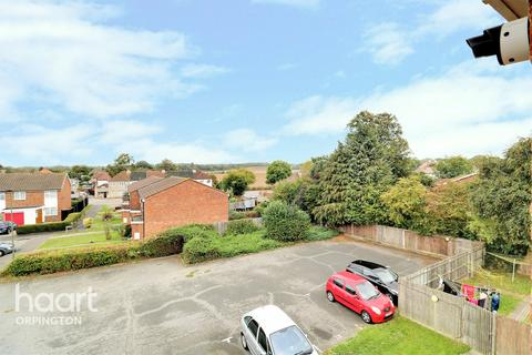 1 bedroom apartment for sale - Killewarren Way, Orpington