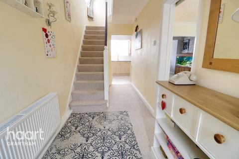 3 bedroom semi-detached house for sale - Beacon Lane, Grantham