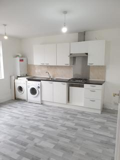 2 bedroom flat to rent - dagenham, rm10 8el