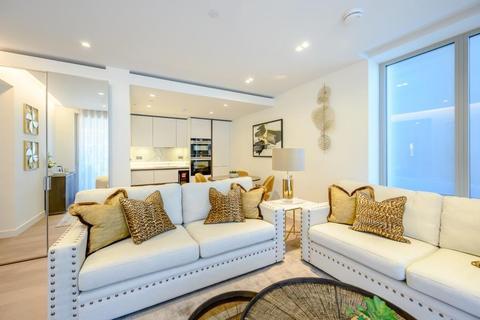 2 bedroom flat to rent - Garrett Mansions, West End Gate, W2