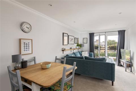 2 bedroom flat for sale - Effra Parade, London, SW2
