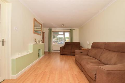 3 bedroom semi-detached house for sale - Whistler Road, Tonbridge, Kent