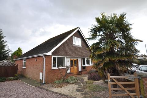 4 bedroom bungalow for sale - Chester Road, Lavister, LL12