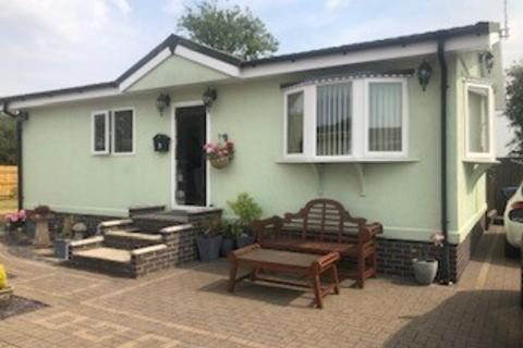 2 bedroom park home for sale - Topiary Park, Bidford-on-Avon B50