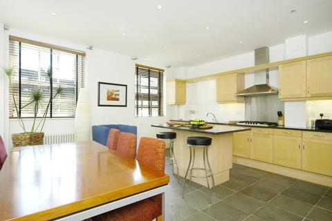 4 bedroom terraced house to rent - Providence Square, Shad Thames, London SE1