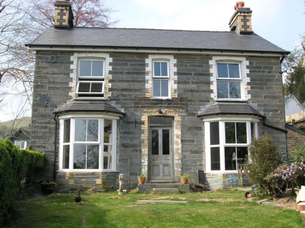 4 Bedrooms Detached House for sale in Bodawel, Aberangell, SY20