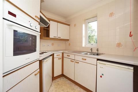 1 bedroom flat for sale - Ranulf Court, 60 Abbeydale Road South, Abbeydale, Sheffield, S7 2PZ