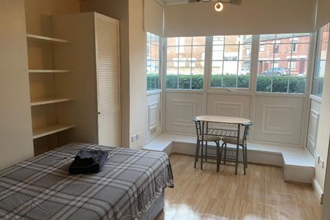 Studio to rent - Duke Street, , Sheffield, S2 5QQ