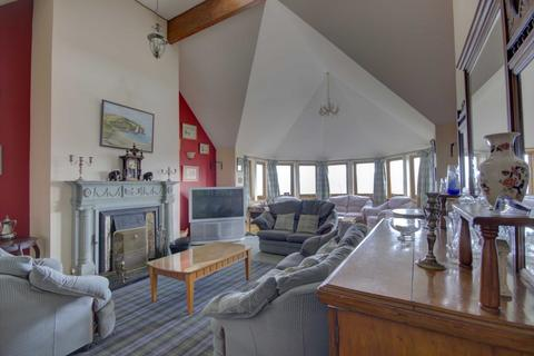 5 bedroom detached house for sale - Seaside House, Main Street, Balintore IV20 1UE