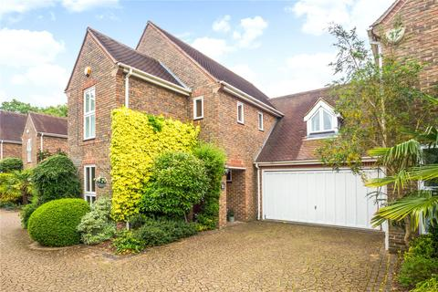4 bedroom detached house for sale - Paget Place, Kingston