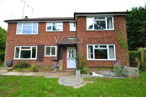 2 bedroom ground floor maisonette - Holywell Hill, St. Albans
