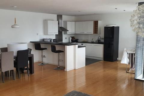 2 bedroom flat to rent - The Strand, Liverpool, L2