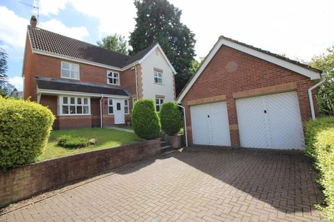 4 bedroom detached house to rent - Berryfield Rise, Osbaston, Monmouth