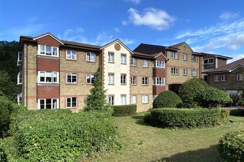 2 bedroom flat to rent - Kearton Place, 169-171 Croydon Road, Caterham, Surrey, CR3