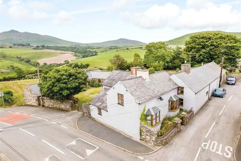 5 bedroom semi-detached house for sale - Llanaelhaearn, Caernarfon, Gwynedd, LL54